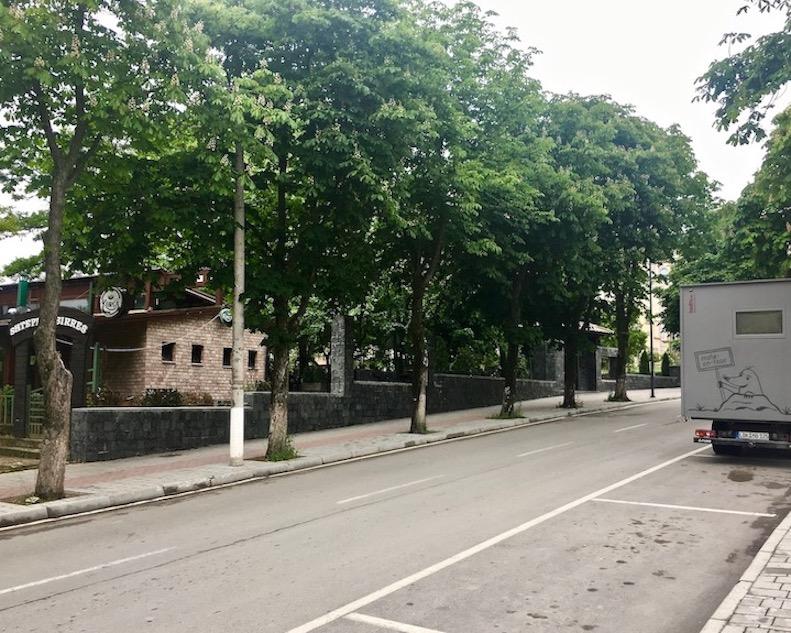 mole-on-tour Wohnmobile-Stellplatz beim Restoran Birra Korce Albanien