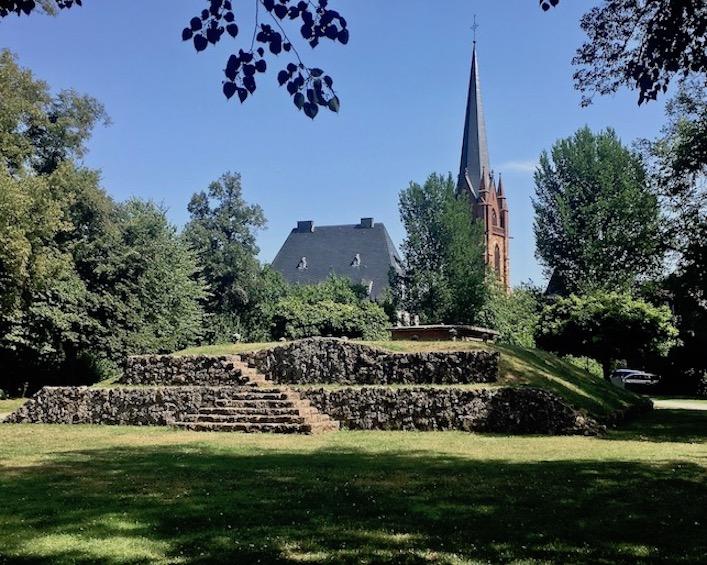 Frankenberg (Eder) Burgberg mit Burg-Ruinen-Resten