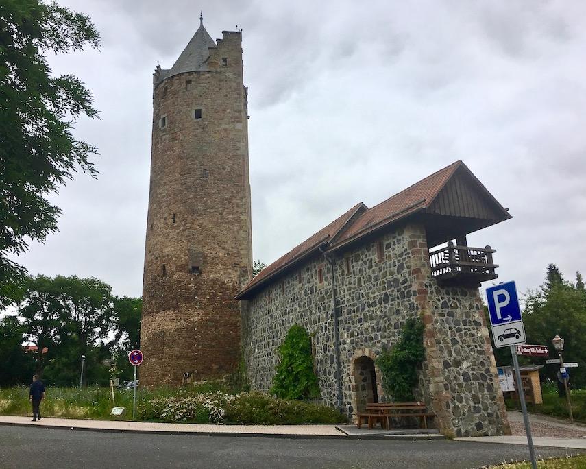 Fritzlar Deutschland Stadtmauer mit Grauer Turm