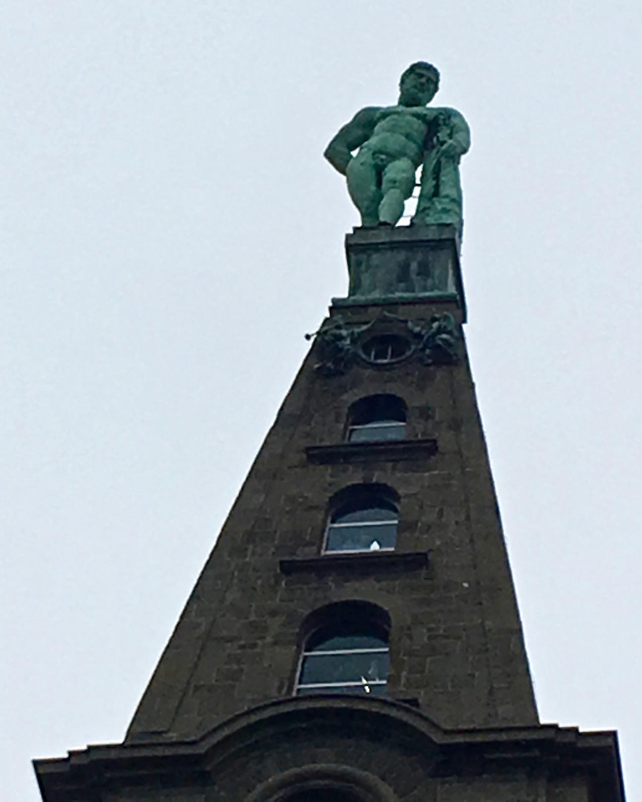 Herkulesfigur im Bergpark Wilhelmshöhe Kassel