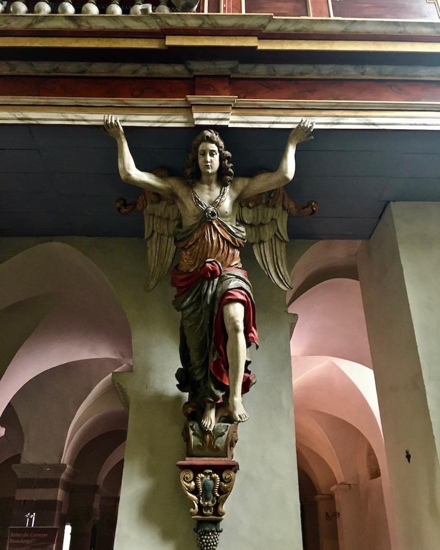 Kloster Corvey Höxter tragender Engel des Orgelpodest