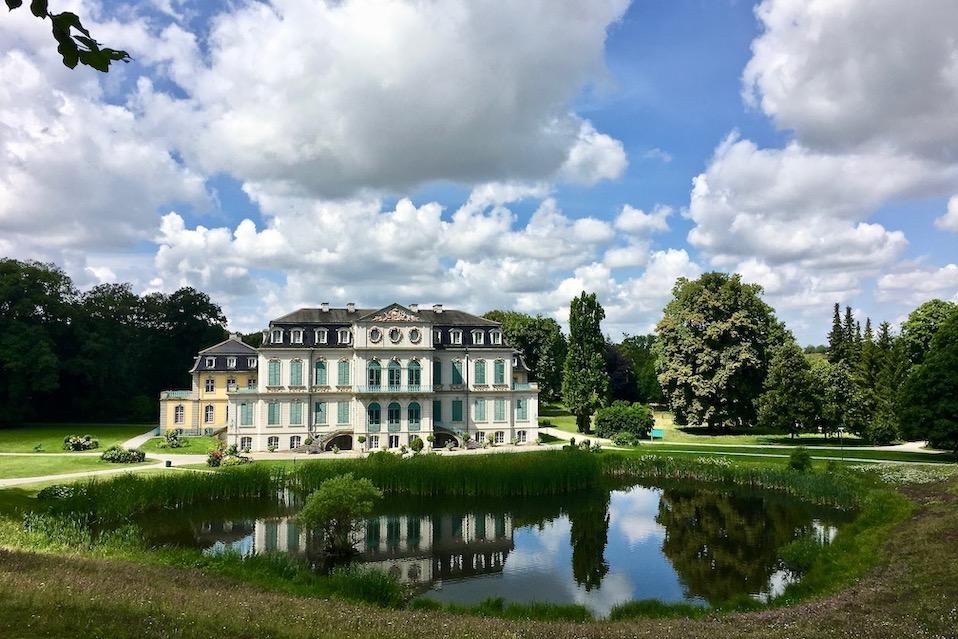 Schloss Wilhelmsthal Calden Gartenfasade