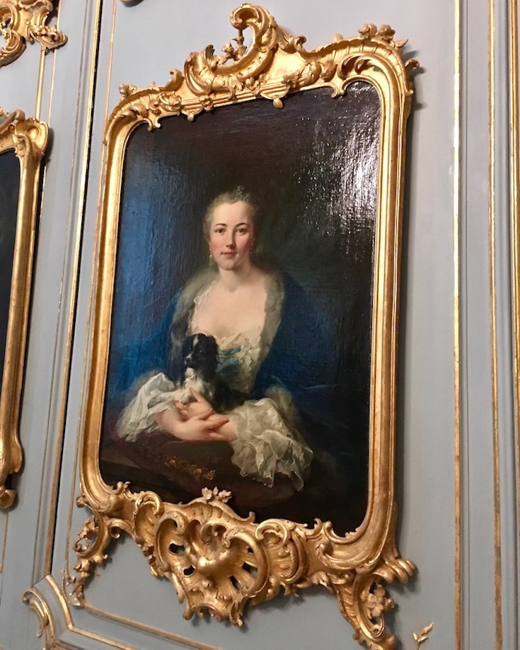 Schloss Wilhelmsthal Calden Gemälde der Schönheitsgalerie in der Rokoko-Empfangshalle