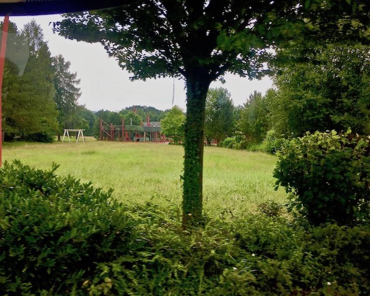 Tecta Kragstuhl-Museum Lauenförde Designklassiker Bauhausmöbel Tecta-Lauenförde-Museum Landschaft