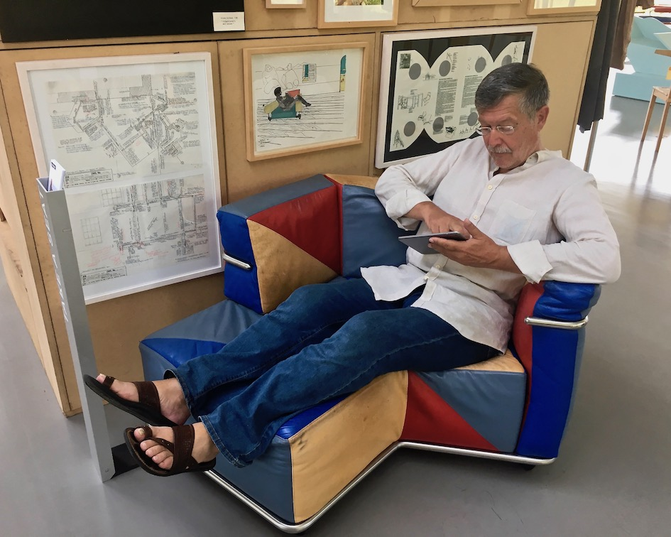 Tecta Kragstuhl-Museum Lauenförde Designklassiker Bauhausmöbel Tecta-Museum Lauenförde Museum Popova's Lattice Chair von Peter Smithson von 1999