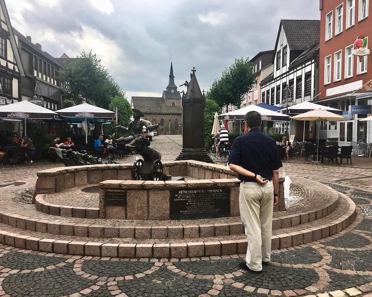 Münchhausen-Brunnen Bodenwerder Weser Deutschland