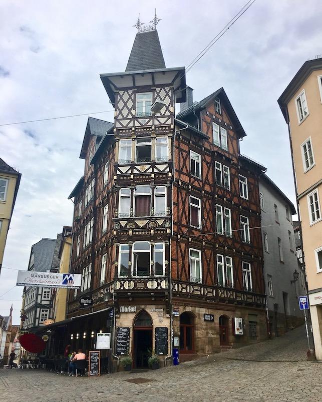 Marburg an der Lahn Fachwerkhaus am Marktplatz