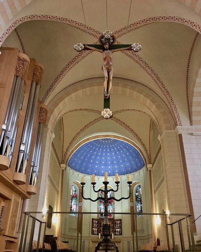 Stiftskirche St.Anastasius Altarraum Bad Gandersheim Deutschland