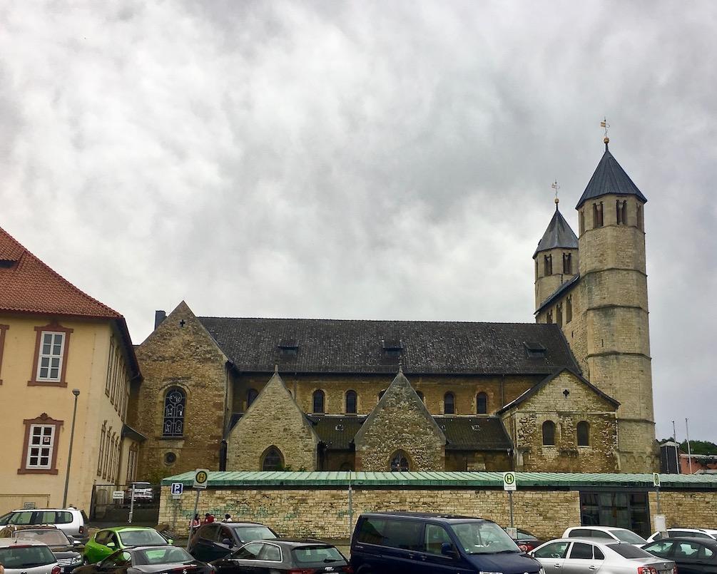 Stiftskirche St.Anastasius Nordfasade Bad Gandersheim Deutschland