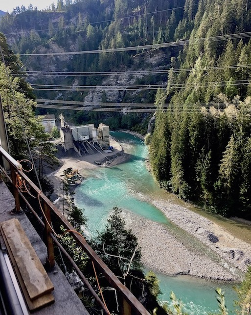 Rhätische Bahn UNESCO-Weltkulturerbe Eisenbahnerlebnis Graubünden Schweiz Ausblicke bei Albulabahn Schweiz