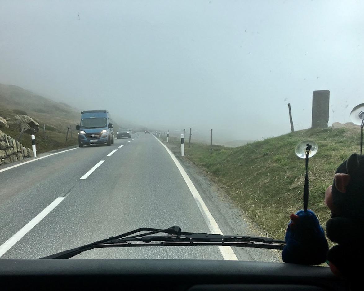 Julier Pass Schweiz abwärts