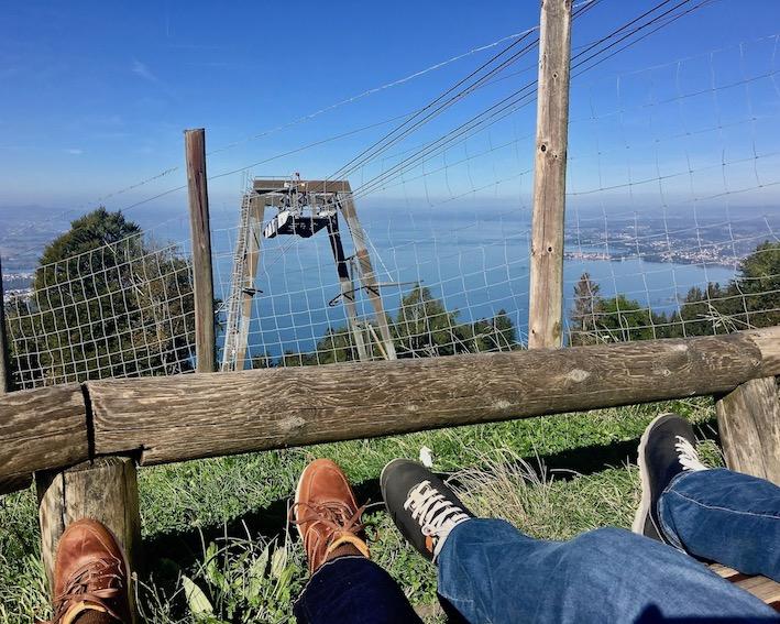 Relaxen mit Blick auf den Bodensee auf dem Pfänder bei Bregenz