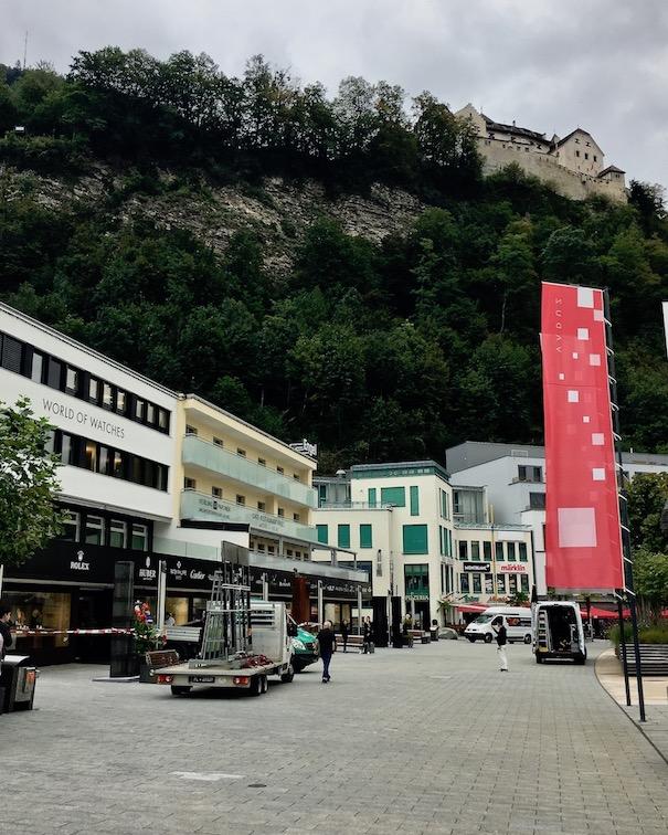 Straßenzug in Vaduz Lichtenstein