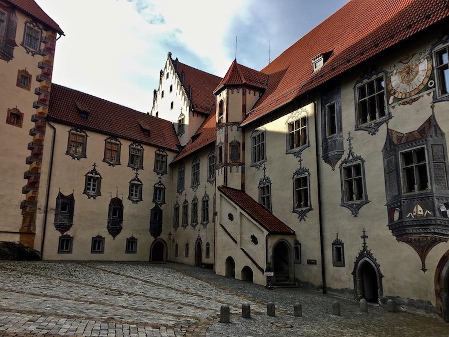 Hohes Schloss Schlosshof Füssen Deutschland
