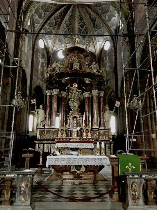 Kathedrale di Santa Maria Assunta Altar Saluzzo Piemont Italien