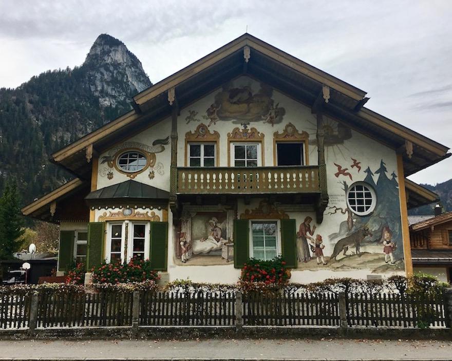 Oberammergau Rotkäppchenhaus Deutschland