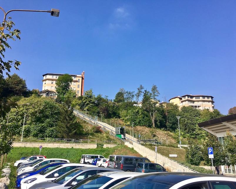 Panoramaaufzug in Cuneo Italien