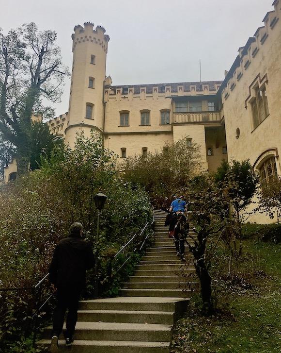 Schloss Hohenschwangau Aufstieg Schwangau Deutschland