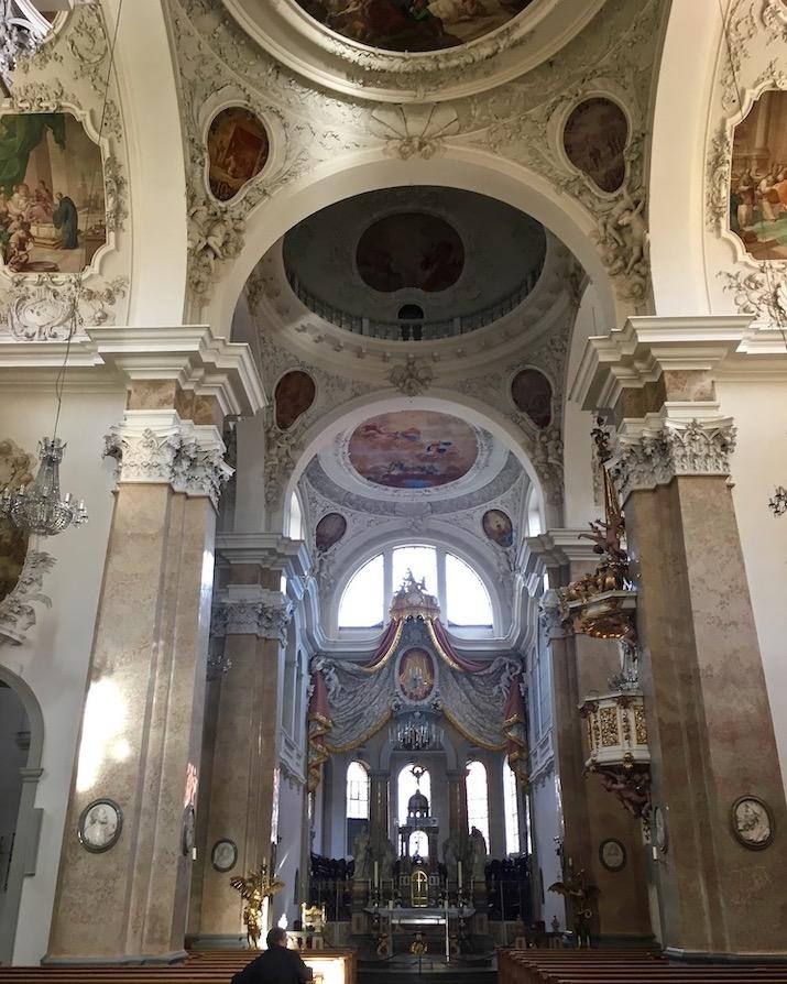 Stadtpfarrkirche St.Mang Innenraum Füssen Deutschland