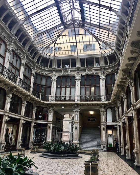 Subalpina Gallery alte Einkaufspassage in Turin Italien