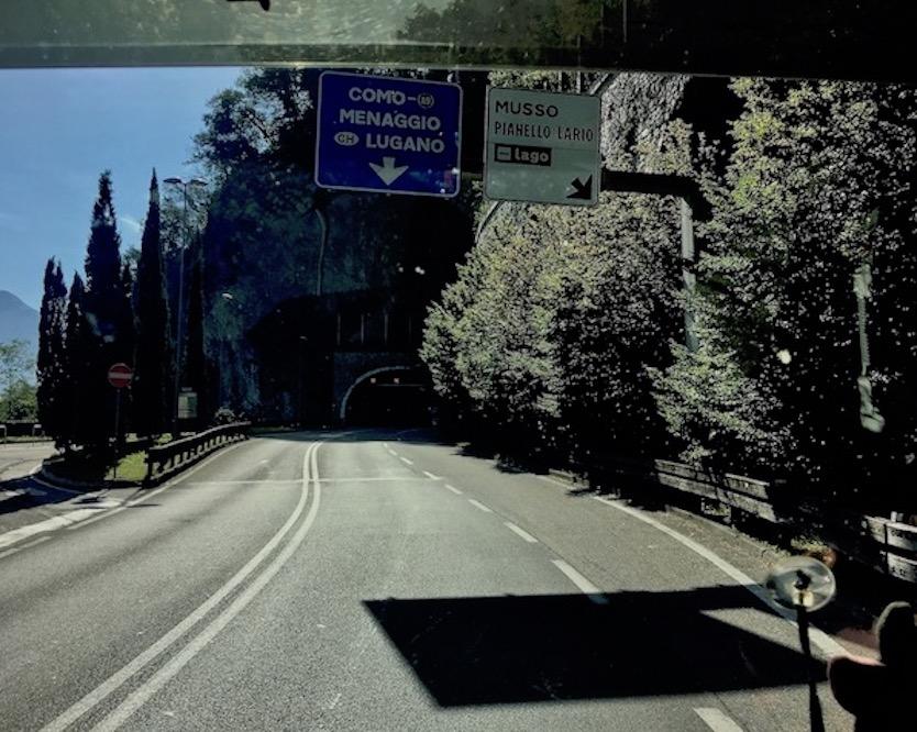 Tunnel entlang des Comersee