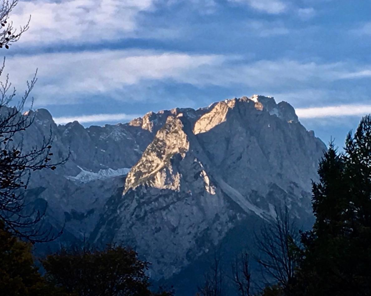 Zugspitzblick vom Wohnmobilstellplatz Alpencamp am Wank Garmisch-Partenkirchen Deutschland
