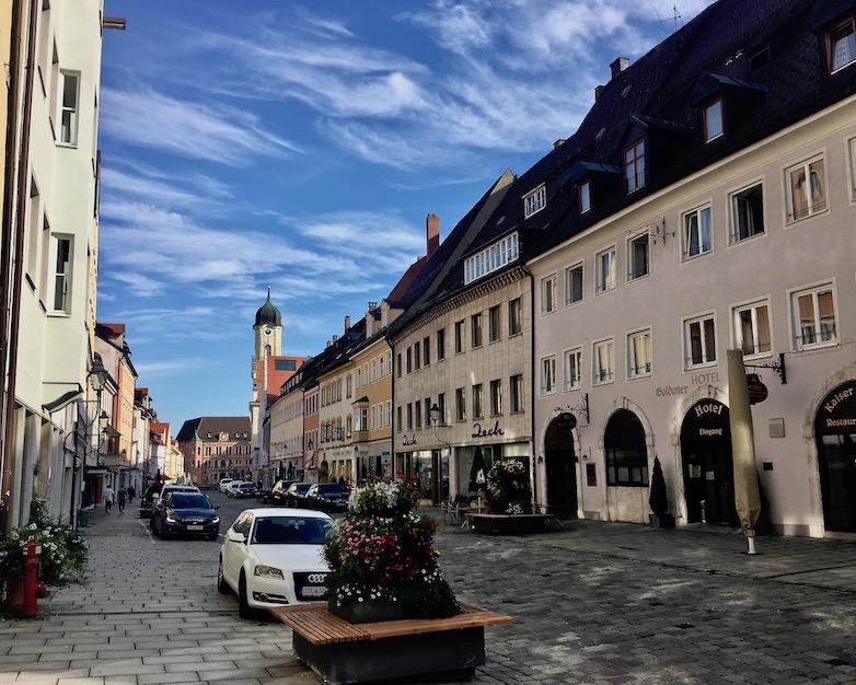 Altstadt Kaufbeuren Blick zum Rathaus Deutschland
