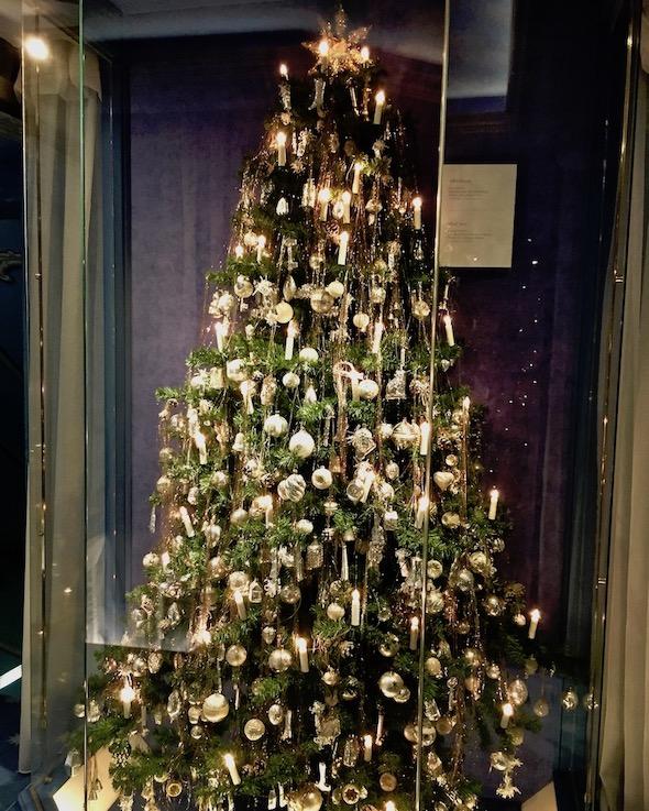 Deutsches Weihnachtsmuseum Rothenburg ob der Tauber Silberbaum um 1900