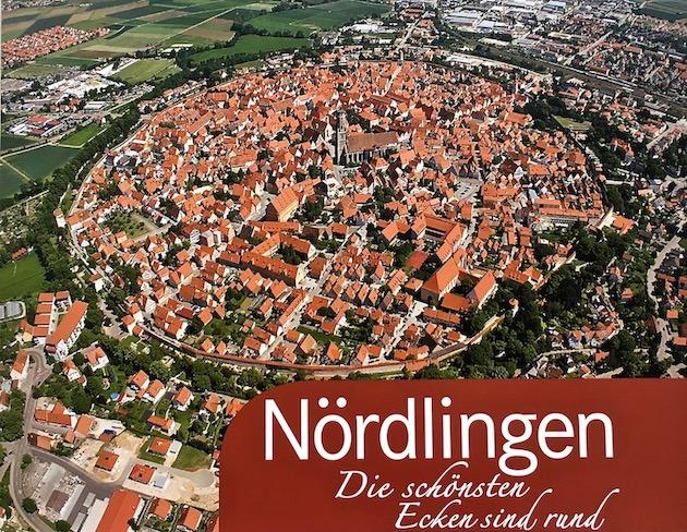 Nördlingen im Meteoritenkrater-Ries Deutschland