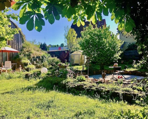 Blick über den Garten