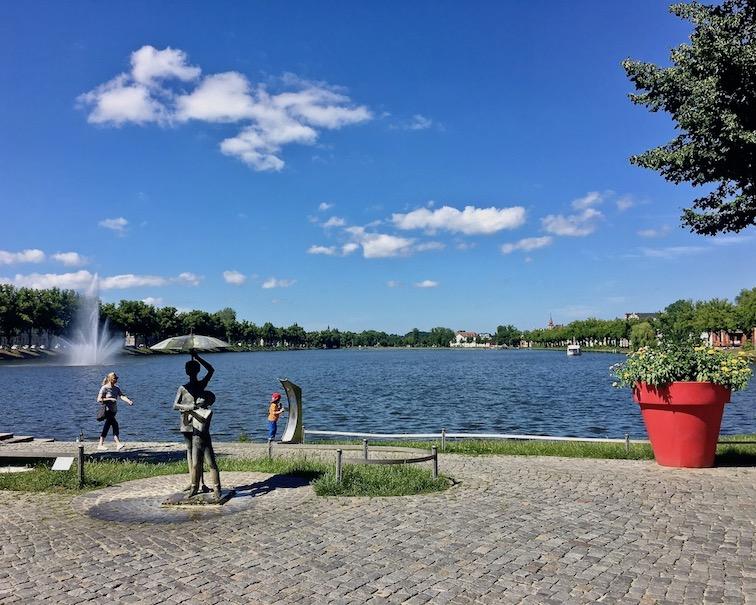 Fontaine im Pfaffenteich Schwerin Deutschland