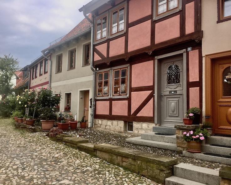 Gassen auf dem Münzenberg Quedlinburg Deutschland