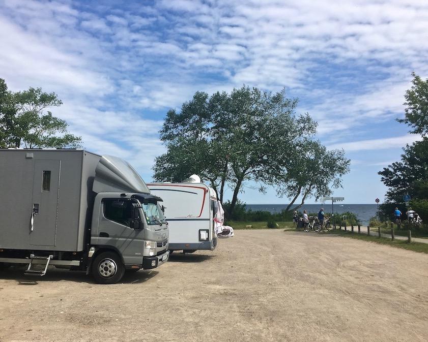 Wohnmobilstellplatz mit mole-on-tour an der Steilküste Sanddornstrand Wittenbeck