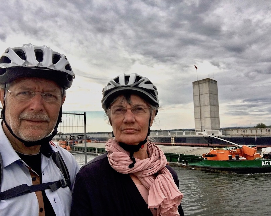 an der Trogbrücke Wasserstraßenkreuz Magdeburg