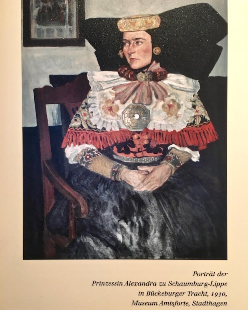 Deutsches Bernsteinmuseum Porträt mit Trachtenschmuck