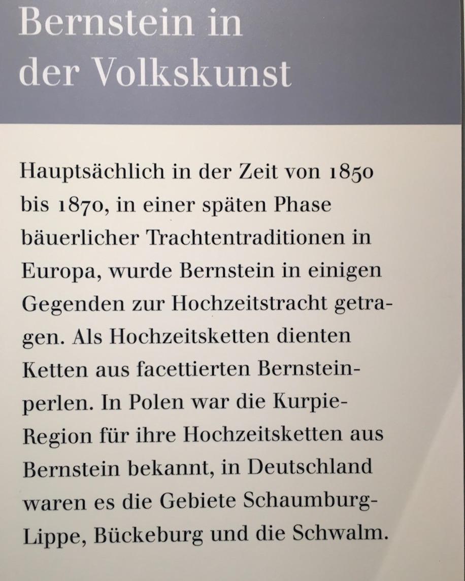 Deutsches Bernsteinmuseum Volkskunst