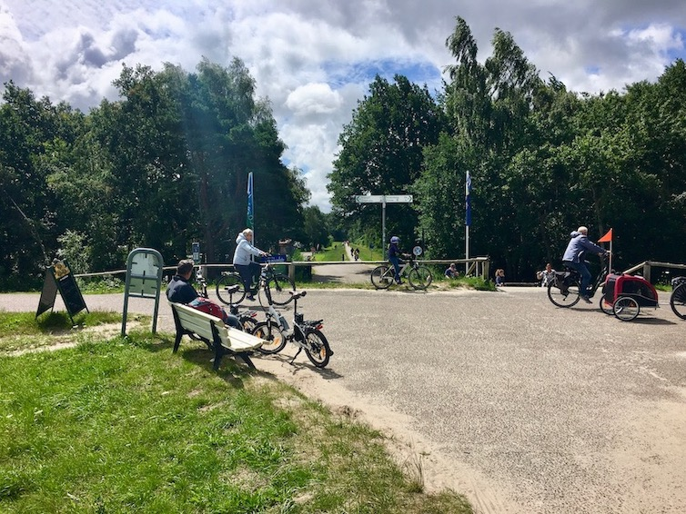 Fahrradweg beim Campingplatz Freesenbruch Zingst Deutschland