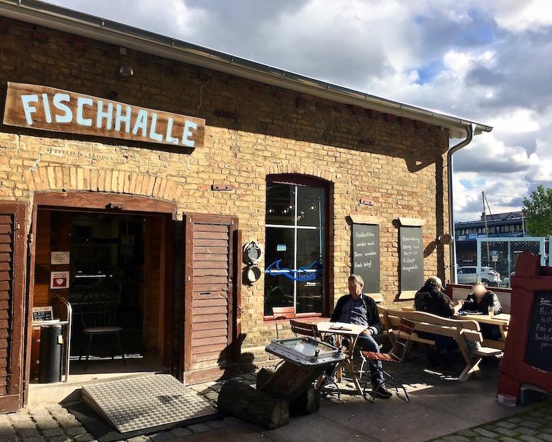 Fischlokal Fischhalle Stralsund Hafen Stralsund Deutschland