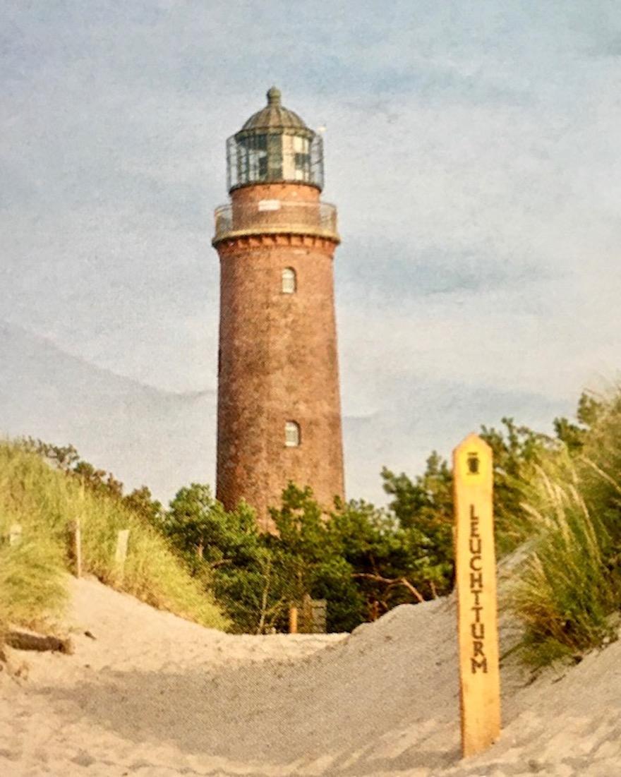 Prerow Darßer-Ort Weststrand mit Leuchtturm Foto