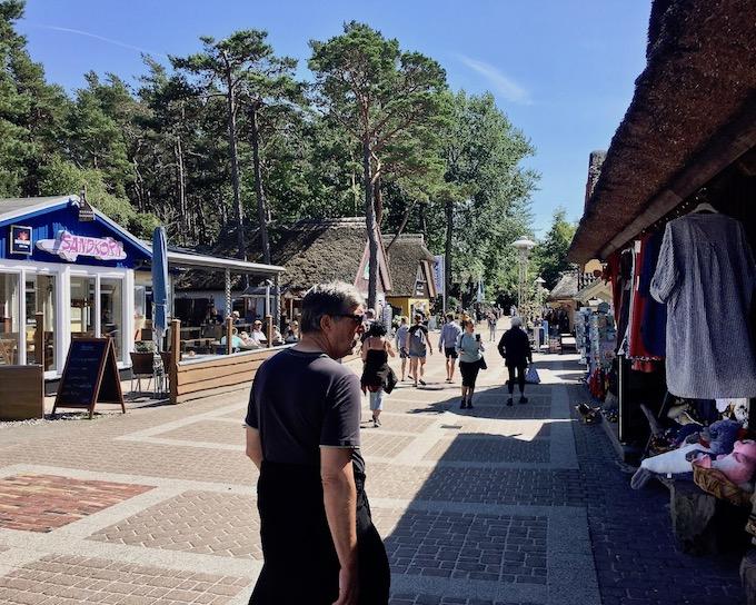 Seebad Prerow Touristenmeile Hauptübergang zur Seebrücke