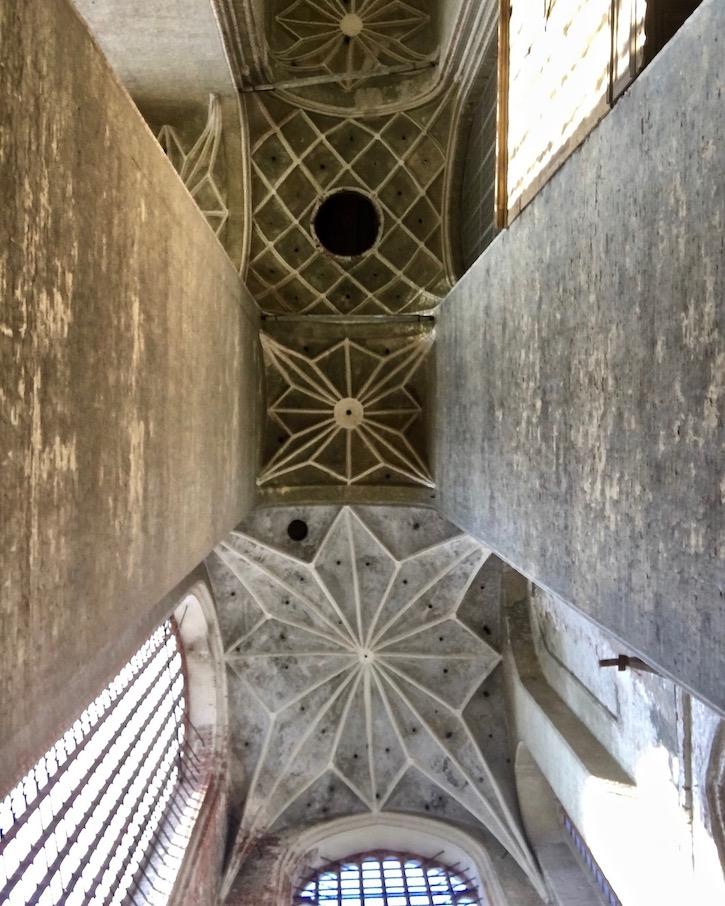 St.Marienkirche Stralsund Blick zum Heiliggeistloch Montageloch in der Decke