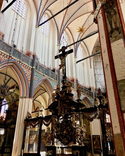 St.Nikolai-Kirche Sralsund Chorschranke zweiseitig mit Triumphkreuz Stralsund Deutschland