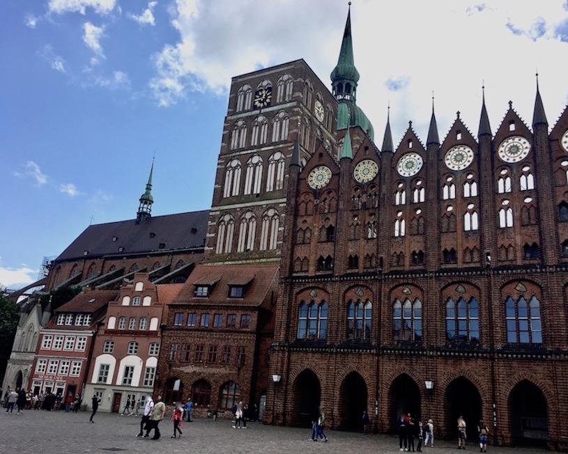 St.Nikolai-Kirche Stralsund Stralsunder Rathaus am Alten Markt Stralsund Deutschland