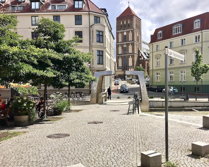 Viergelindebrücke Grubenstraße Rostock Deutschland