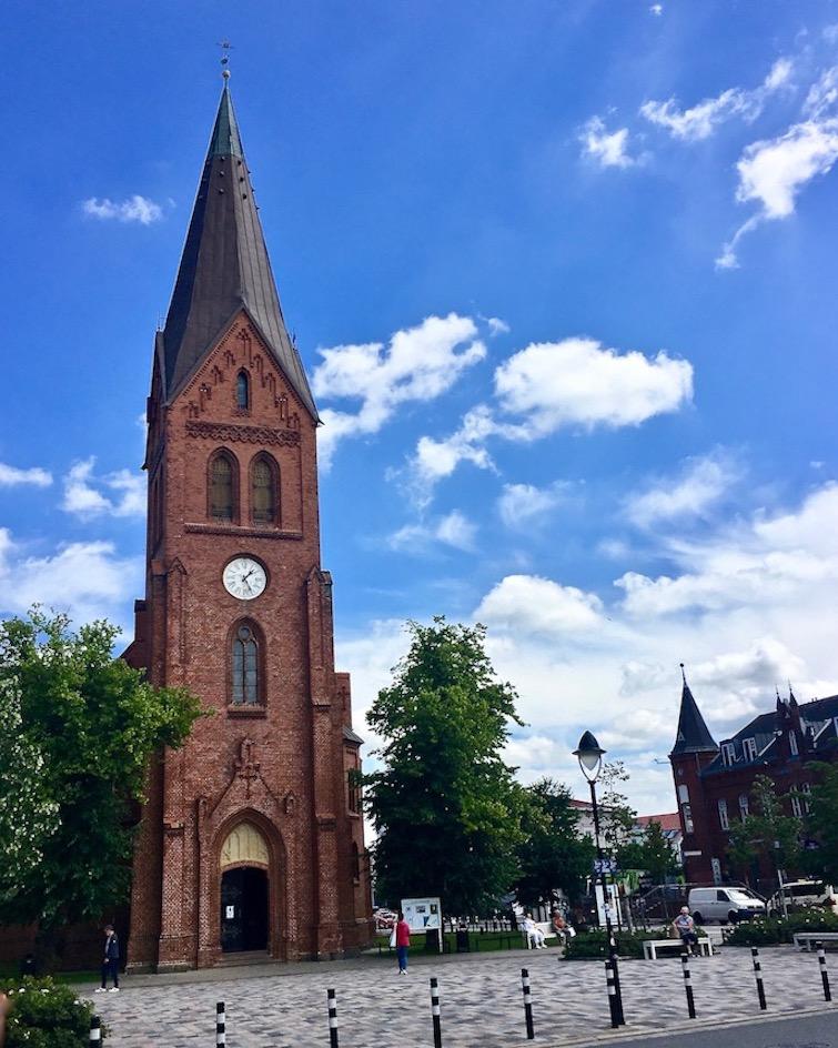 Warnemünde Kirche auf dem Kirchplatz Warnemünde Deutschland