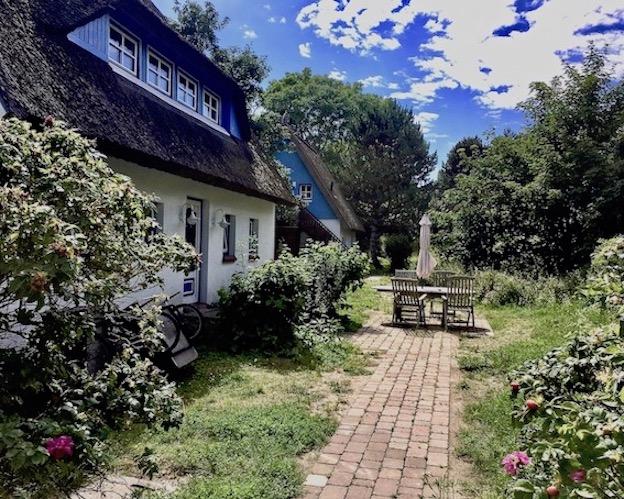 Hiddensee Reetdachhäuser in Kloster Deutschland