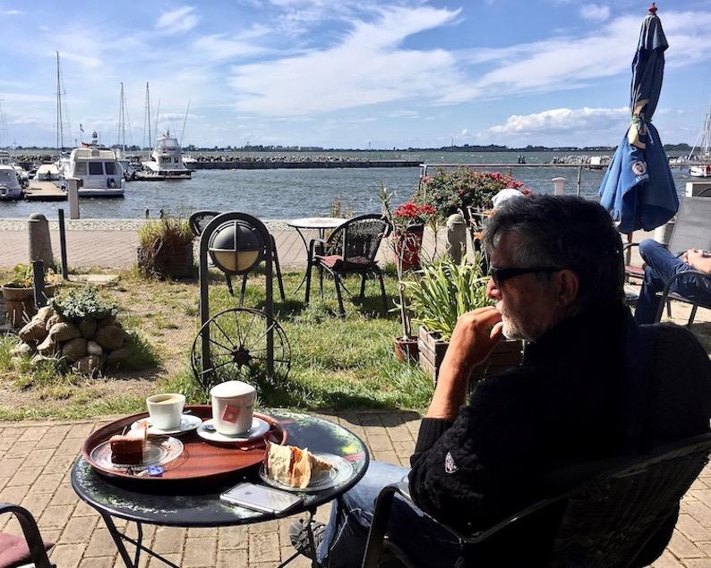 Wiek auf Rügen Cafe am Hafen
