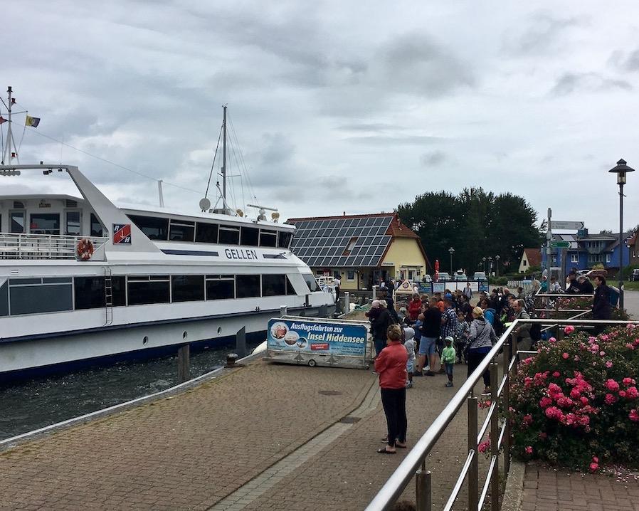 Wiek auf Rügen Fähre nach Hiddensee