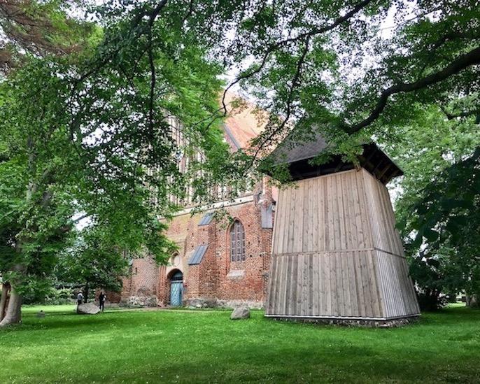 Wiek auf Rügen Kirche St.Georg mit Glockenturm