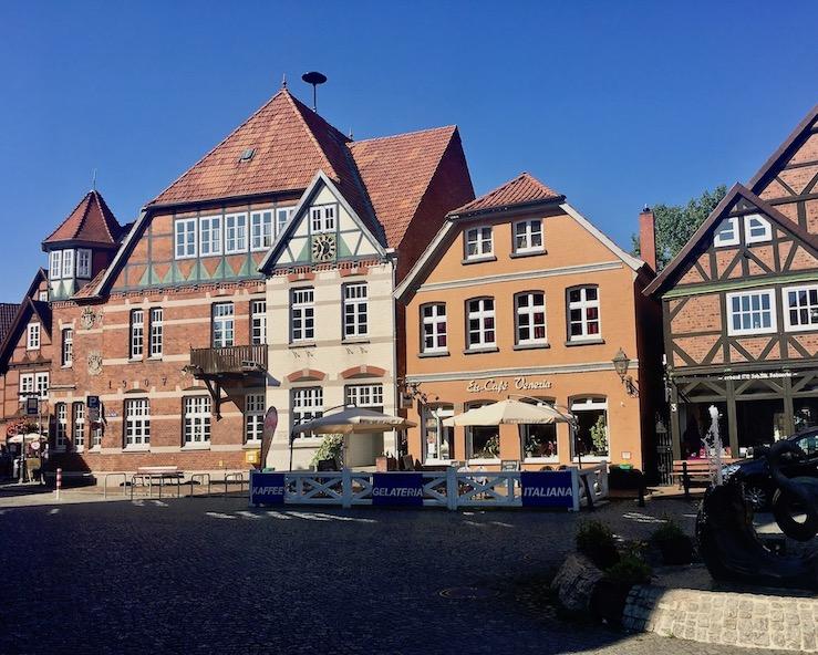 Hitzacker Marktplatz Historische Altstadt in Hitzacker an der Elbe